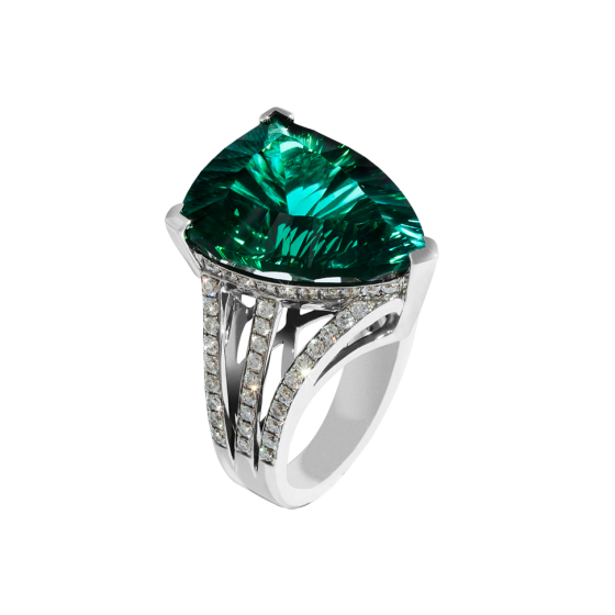 SEA OF LOVE Ring sea of love green tourmaline 15.73 carat and diamonds 750/000 white gold crafted unique jewelry iconic design timeless treasure